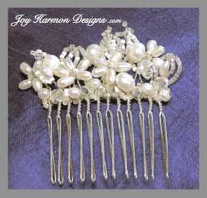 Pearl Wire Wrap Hair Comb